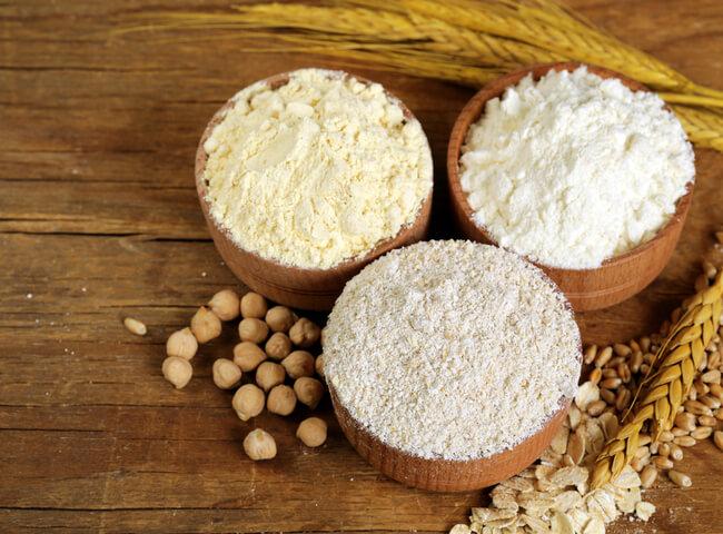 10 farinhas para incluir na dieta