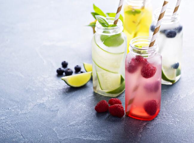 Potencialize a hidratação durante os treinos com as águas saborizadas